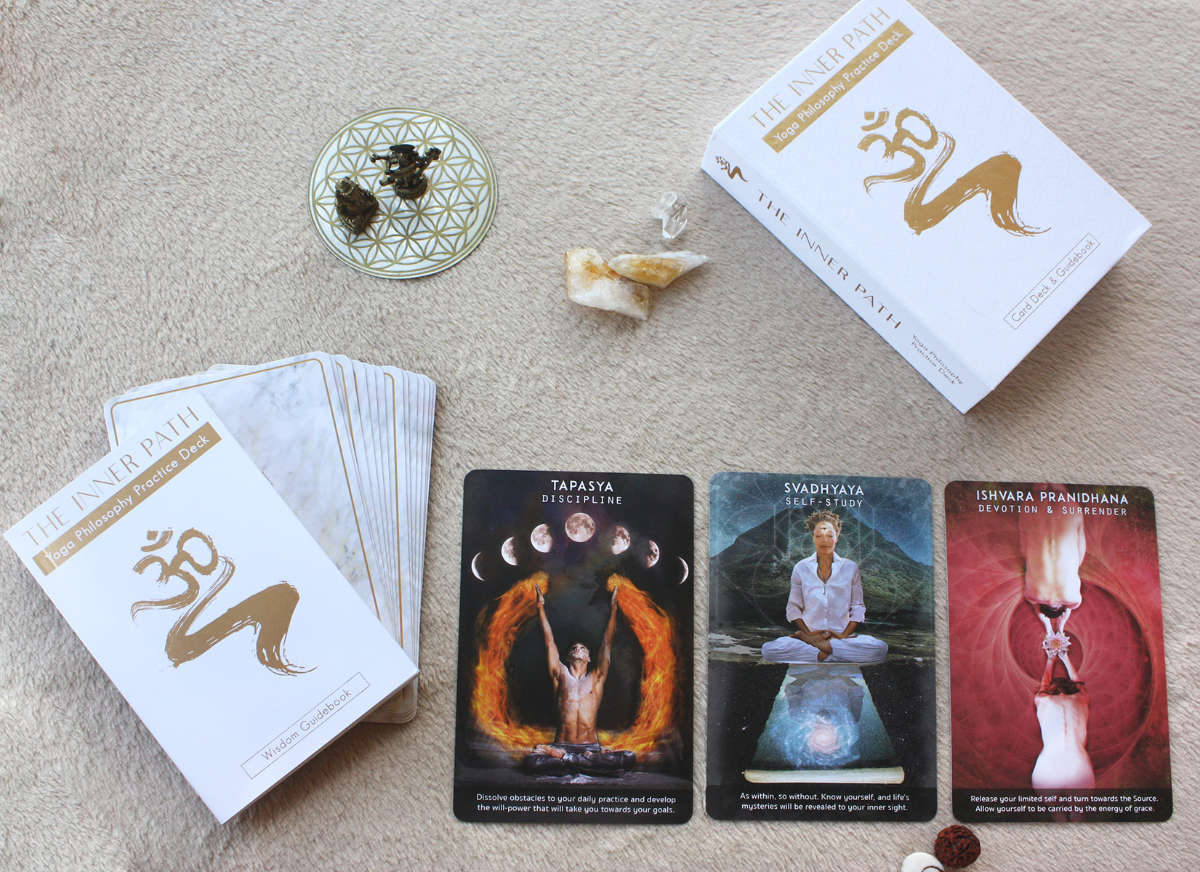 Inner Path Deck unboxing - The Mystic Yogi tarot oracle cards