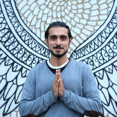 Zamir Dhanji Yoga Teacher